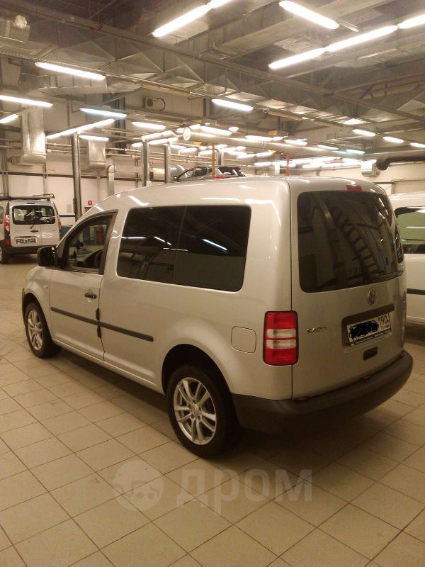 Volkswagen Caddy, 2011 год, 687 000 руб.