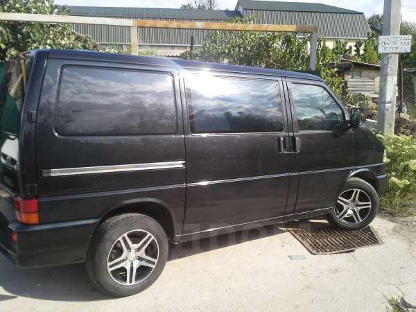 Volkswagen Transporter, 2003 год, $12000