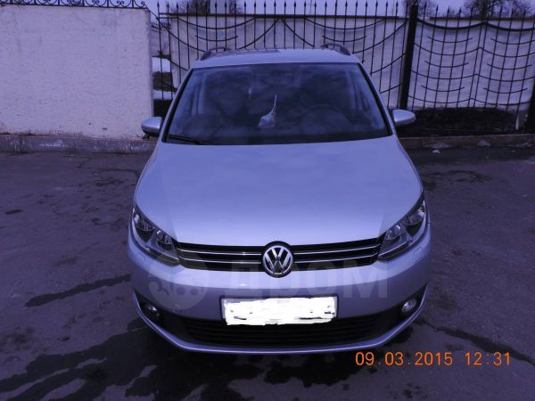 Volkswagen Touran, 2012 год, 835 000 руб.