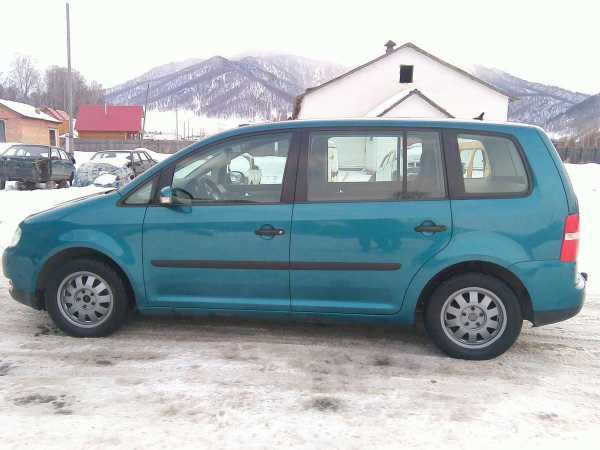 Volkswagen Touran, 2004 год, 410 000 руб.
