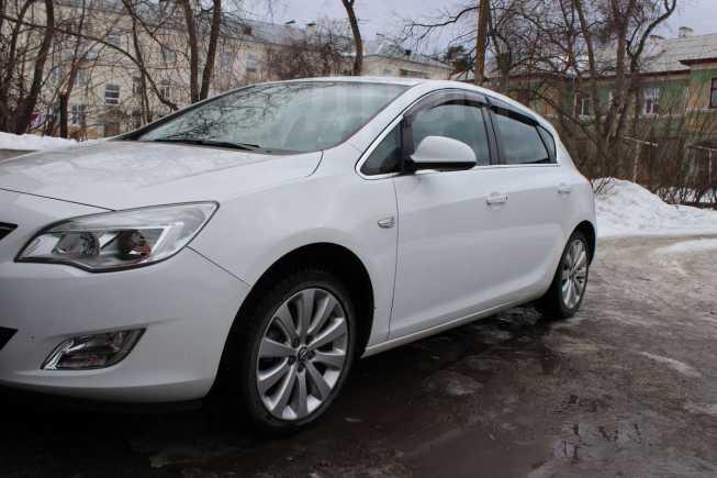 Opel Astra, 2012 год, 600 000 руб.