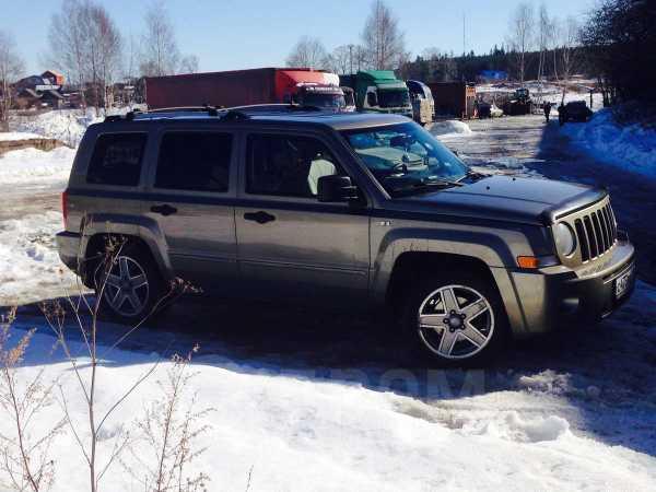 Jeep Liberty, 2008 год, 610 000 руб.