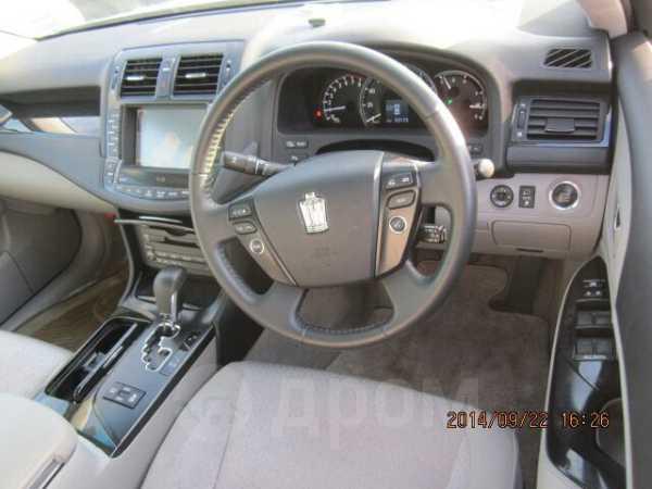 Toyota Crown, 2009 год, 1 100 000 руб.
