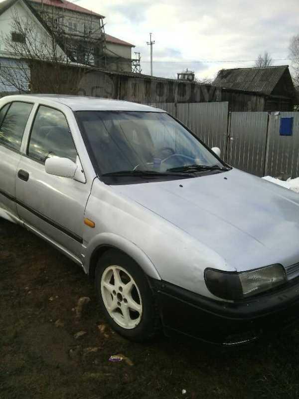 Nissan Sunny, 1993 год, 40 000 руб.