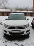 Volkswagen Tiguan, 2012 год, 860 000 руб.
