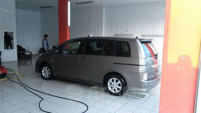 Toyota Isis, 2014 год, 1 000 000 руб.