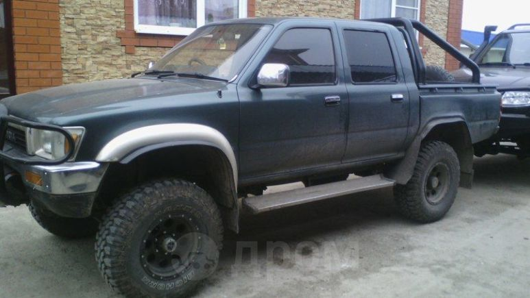 Toyota Hilux Pick Up, 1988 год, 500 000 руб.