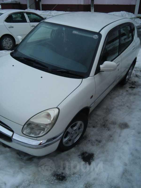 Toyota Duet, 2001 год, 145 000 руб.