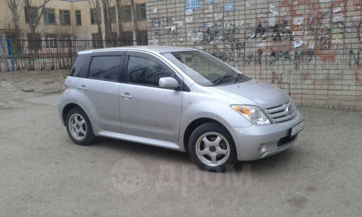 Toyota ist, 2005 год, 320 000 руб.