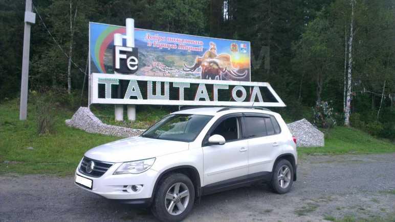 Volkswagen Tiguan, 2008 год, 635 000 руб.