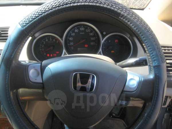 Honda Fit Aria, 2003 год, 165 000 руб.