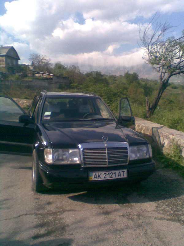 Mercedes-Benz E-Class, 1989 год, 180 000 руб.