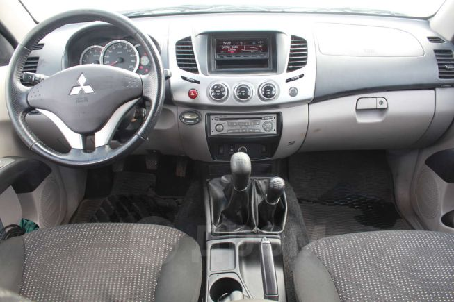Mitsubishi L200, 2013 год, 1 570 000 руб.