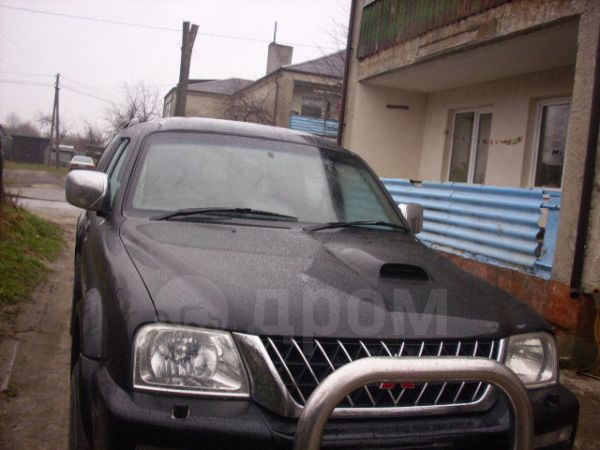 Mitsubishi L200, 2004 год, 330 000 руб.
