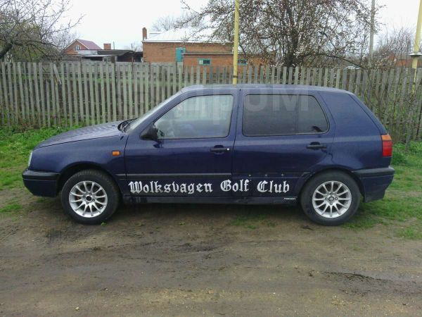 Volkswagen Golf, 1995 год, 90 000 руб.