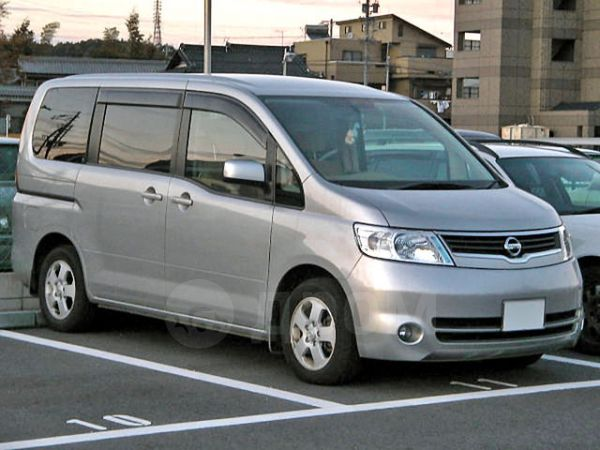 Nissan Serena, 2005 год, 540 000 руб.