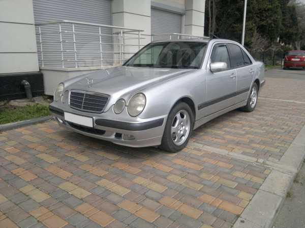 Mercedes-Benz E-Class, 2001 год, 395 000 руб.