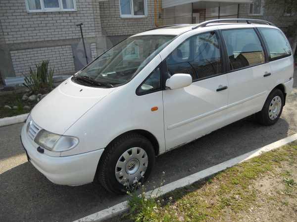 Volkswagen Sharan, 1997 год, 280 000 руб.