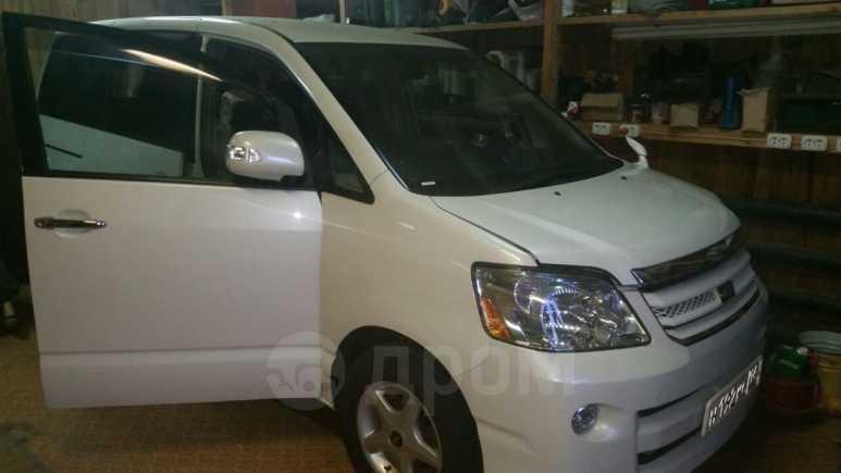 Toyota Noah, 2007 год, 750 000 руб.