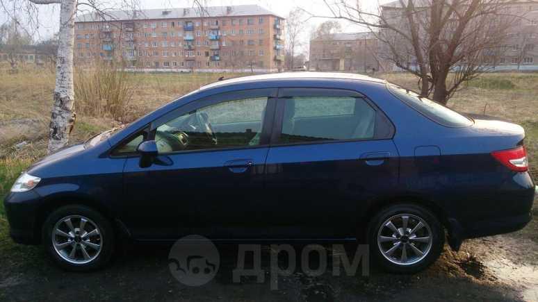 Honda Fit Aria, 2003 год, 260 000 руб.