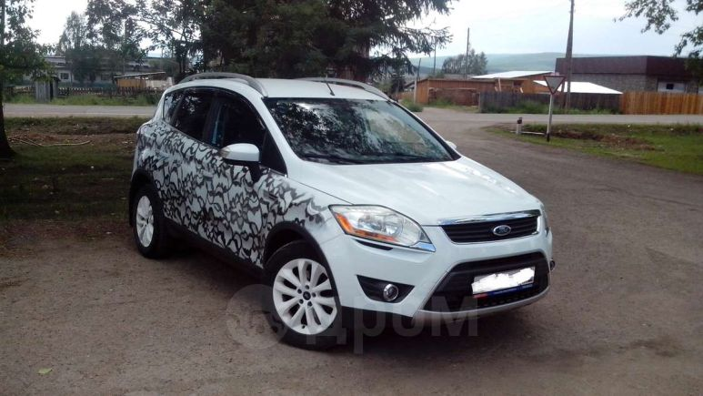 Ford Kuga, 2010 год, 787 000 руб.