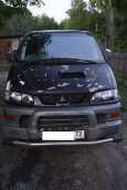 Mitsubishi Delica, 2001 год, 370 000 руб.