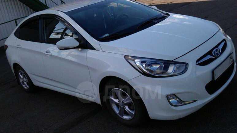 Hyundai Accent, 2011 год, 649 000 руб.