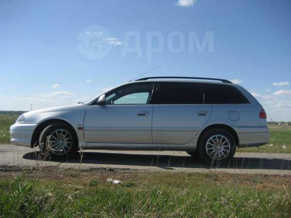 Toyota Avensis, 2001 год, 330 000 руб.