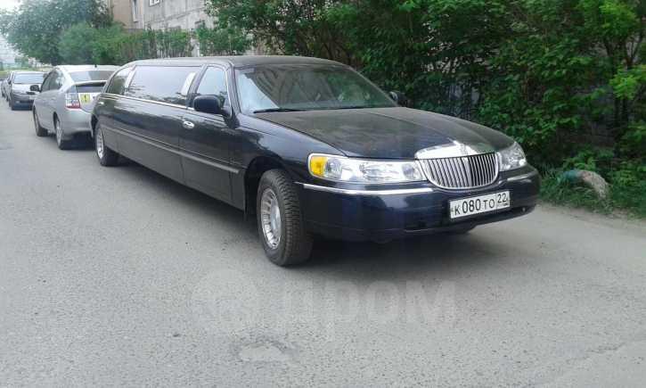 Lincoln Town Car, 2000 год, 700 000 руб.