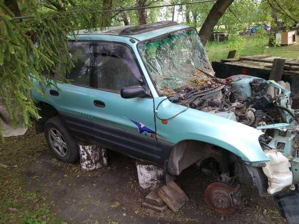 Toyota RAV4, 1995 год, 65 000 руб.