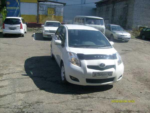Toyota Vitz, 2010 год, 320 000 руб.