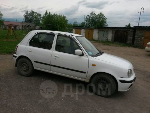 Nissan March, 2001 год, 115 000 руб.