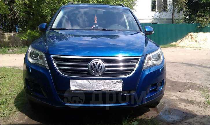 Volkswagen Tiguan, 2010 год, 740 000 руб.