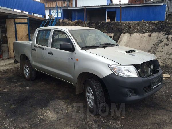 Toyota Hilux Pick Up, 2012 год, 500 000 руб.