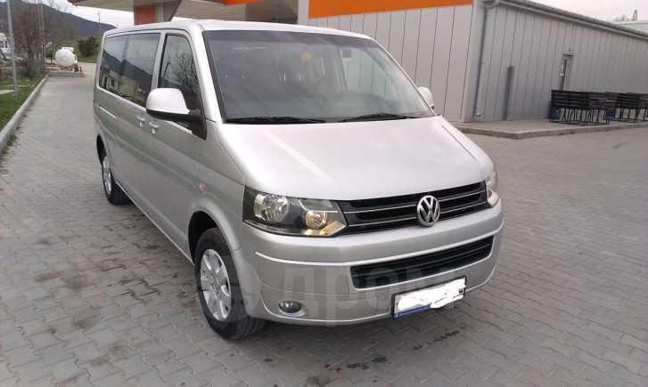Volkswagen Transporter, 2011 год, 1 600 000 руб.