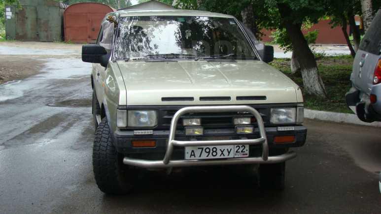 Nissan Terrano, 1992 год, 270 000 руб.