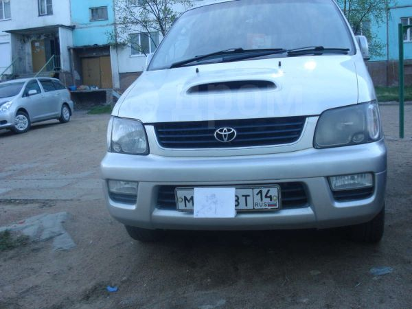 Toyota Lite Ace Noah, 2000 год, 300 000 руб.