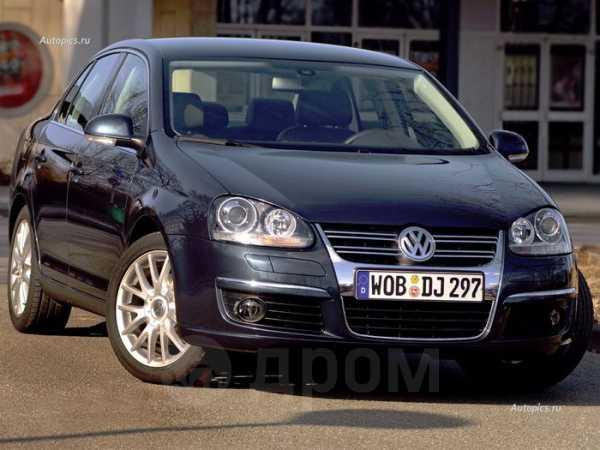 Volkswagen Jetta, 2010 год, 455 000 руб.