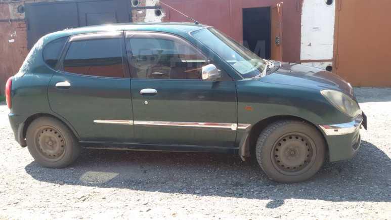 Toyota Duet, 2002 год, 125 000 руб.