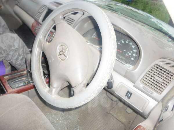 Toyota Camry, 2003 год, 140 000 руб.