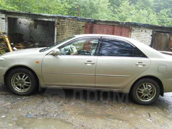 Toyota Camry, 2004 год, 370 000 руб.