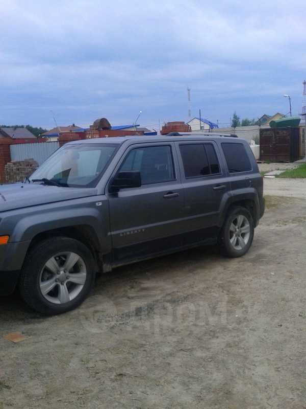 Jeep Liberty, 2011 год, 1 200 000 руб.