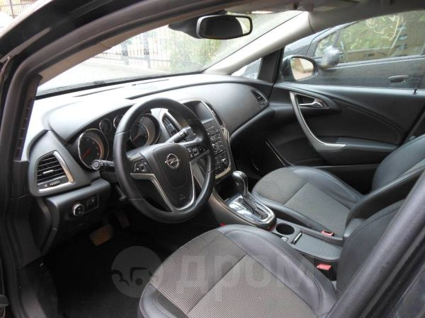 Opel Astra, 2010 год, 615 000 руб.