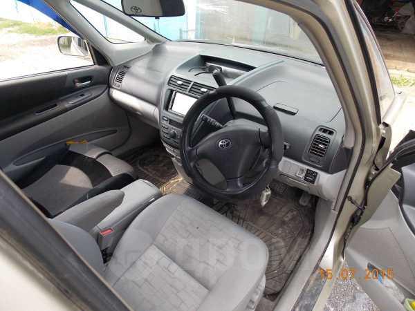 Toyota Opa, 2000 год, 275 000 руб.