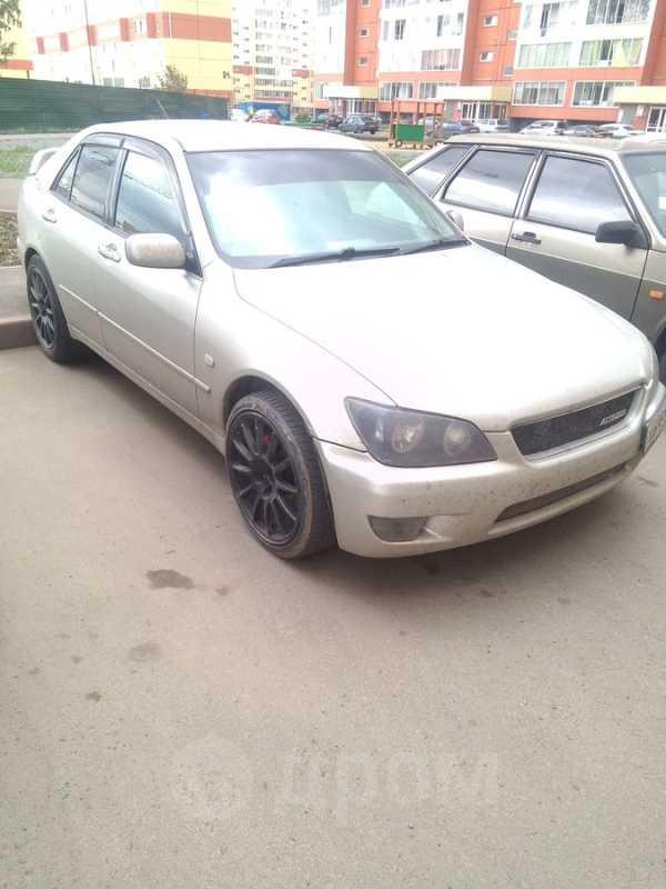 Toyota Altezza, 1999 год, 255 000 руб.