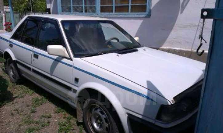 Nissan Bluebird, 1987 год, 85 000 руб.
