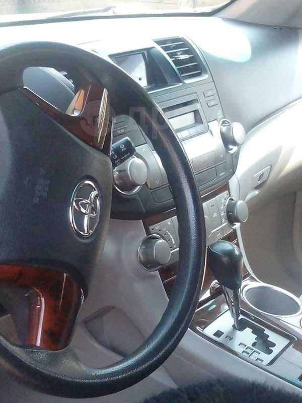 Toyota Highlander, 2008 год, 1 170 000 руб.