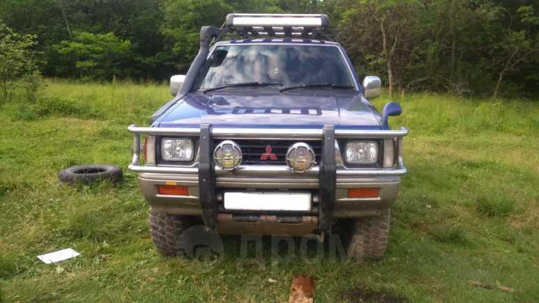 Mitsubishi Strada, 1995 год, 310 000 руб.