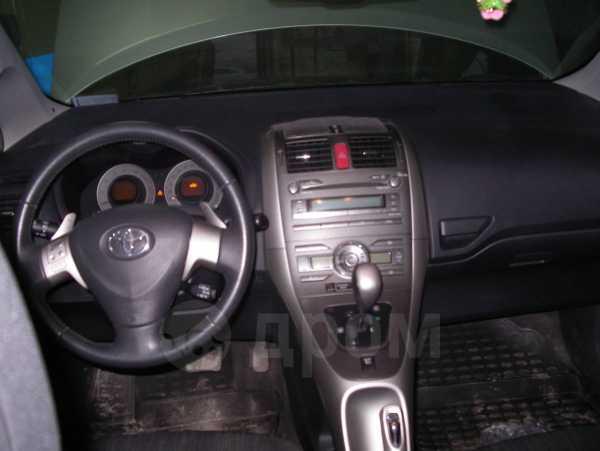 Toyota Auris, 2008 год, 580 000 руб.
