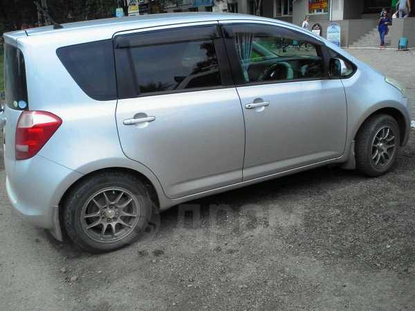Toyota Ractis, 2005 год, 300 000 руб.